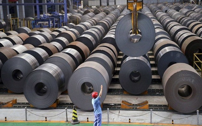 Giá sắt thép tăng cao nguy cơ làm tắc dòng vốn đầu tư