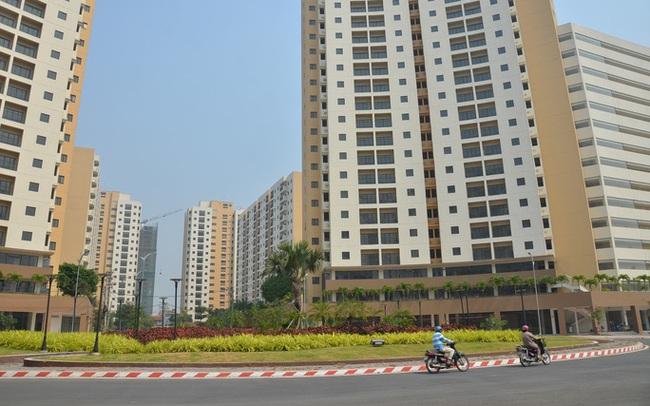 Sau sốt đất, tiền chảy vào nhà phố và căn hộ?
