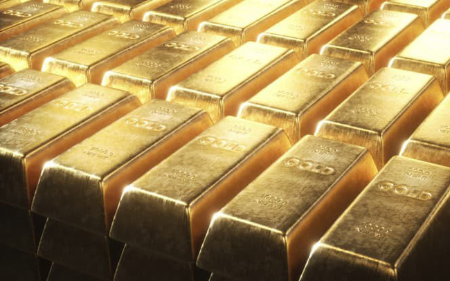Bị bán tháo mạnh sau tuyên bố của Fed, vàng sụt giá rất sâu