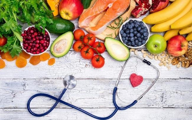 """""""Hoạ từ miệng mà ra"""", muốn tránh xa ung thư và giữ gìn sức khoẻ, cần loại bỏ 8 nhóm thực phẩm quen thuộc này trong bữa cơm gia đình"""