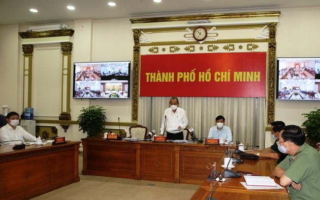 Bộ trưởng Bộ Y tế: 'Với 1,6 triệu công nhân trong các nhà máy, nếu TP. HCM không quản lý tốt, khủng hoảng sẽ xảy ra rất nhanh'
