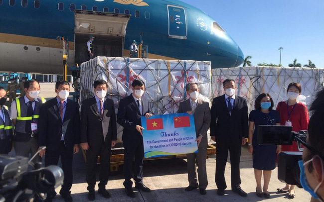 Việt Nam tiếp nhận 500.000 liều vaccine Vero-Cell của Sinopharm