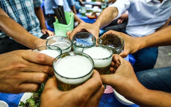 Hà Nội sẽ mở lại một số dịch vụ: Quán bia hơi, bể bơi có được phép hoạt động trở lại?