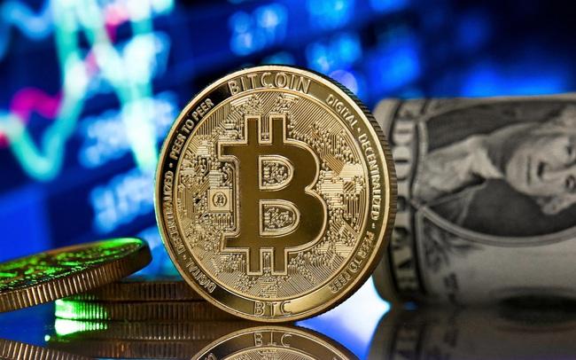 Giá Bitcoin hướng đến mốc 30.000 USD, nỗi sợ bán tháo bao trùm thị trường