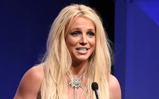 """Britney Spears tiết lộ về 13 năm """"nô lệ"""": Bị ép biểu diễn, mất hết quyền riêng tư, cưỡng chế đặt vòng tránh thai"""