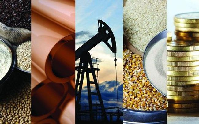 Thị trường ngày 25/6: Giá dầu cao nhất 3 năm, vàng giảm, sắt thép và cao su hồi phục