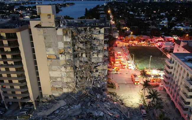 Các nguyên nhân có thể khiến tòa nhà 12 tầng ở Mỹ đổ sập