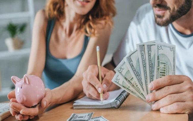 """Chuyên gia tài chính gợi ý phương pháp quản lý chi tiêu giúp"""" tiết kiệm dễ dàng, tiêu tiền thoải mái"""": Những người có thói quen """"làm được bao nhiêu tiêu bấy nhiêu"""" hãy xem ngay"""