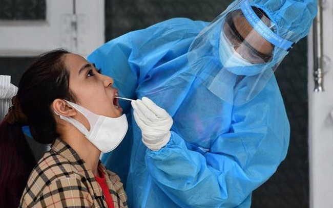TP.HCM xét nghiệm tầm soát SARS-CoV-2 cho 5 triệu người dân, người lao động