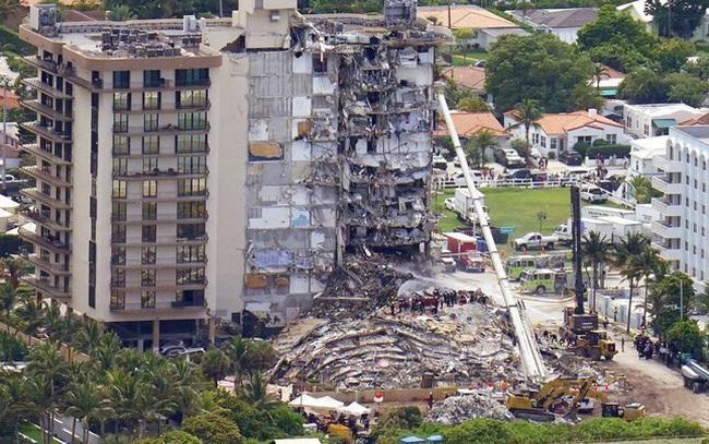 Vụ sập nhà chung cư Mỹ: Tăng số người thiệt mạng, 156 người vẫn mất tích