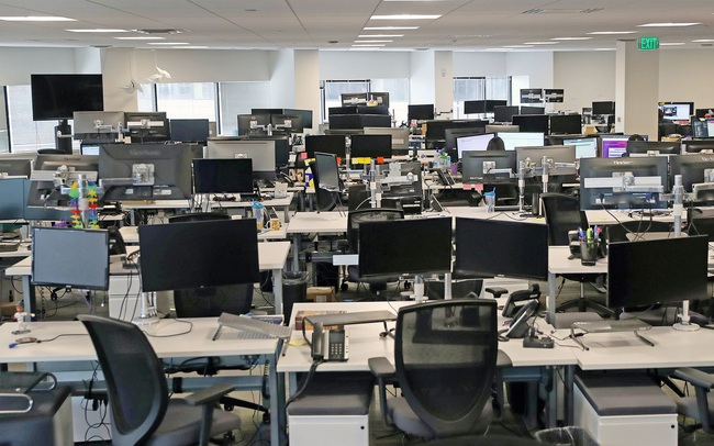 Đây là ngành đang thiếu nhân sự trầm trọng, người lao động có thể dễ dàng tìm được việc tốt lương cao