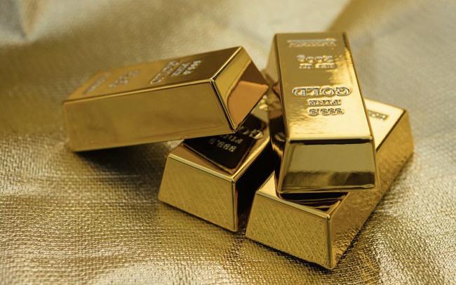 Giá vàng tháng 6 giảm mạnh nhất kể từ 2016