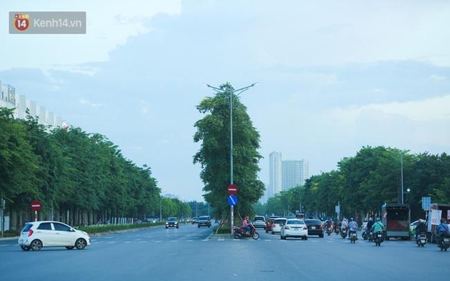 Ảnh: Đại lộ nghìn tỷ Chu Văn An nhếch nhác rác thải, vật liệu xây dựng sau 7 năm thi công