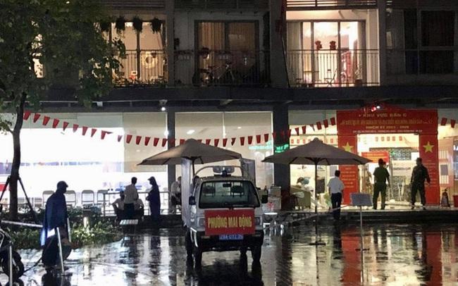 Phong tỏa tòa nhà ở Times City để truy vết liên quan ca dương tính SARS-CoV-2 mới