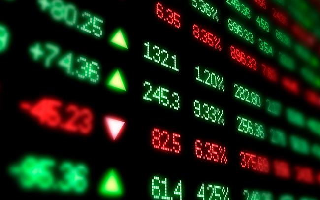"""Phiên 4/6: Khối ngoại tiếp tục bán ròng hơn 1.500 tỷ đồng, tập trung """"hỏa lực"""" vào MBB, HPG"""