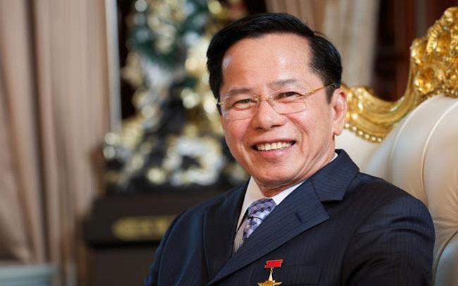 """Ông chủ Golf Long Thành góp 500 tỷ cho Quỹ vaccine: Anh hùng từ thiện châu Á, """"ông trùm"""" sân golf và đại gia mới trong lĩnh vực điện mặt trời"""