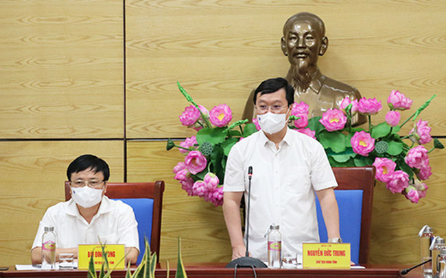Nghệ An tạm dừng nhiều dịch vụ không thiết yếu tại 5 địa phương giáp Hà Tĩnh