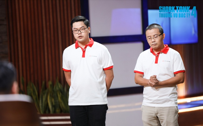 """Chỉ ra nguyên tắc kinh doanh """"vào 1 ra 3"""", Shark Phú bắt tay startup cung cấp thiết bị biến căn hộ thường thành nhà thông minh chỉ từ 20-100 triệu đồng"""