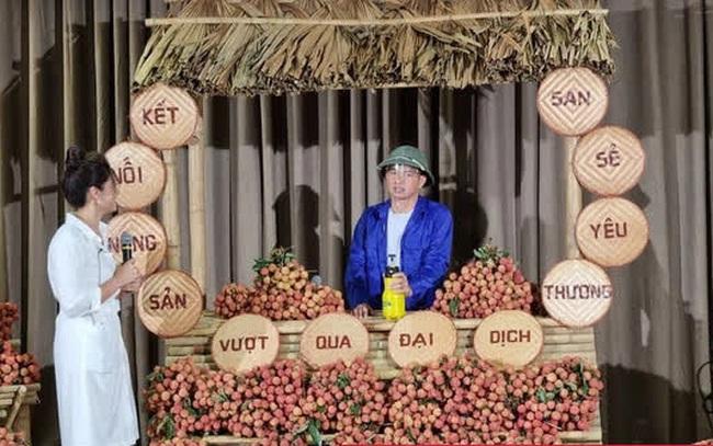 Xuân Bắc đội mũ cối, đi dép tông, livestream bán vải thiều Bắc Giang: Chốt 1000 đơn trong chưa đầy 30 phút, có đơn hàng 2 tấn