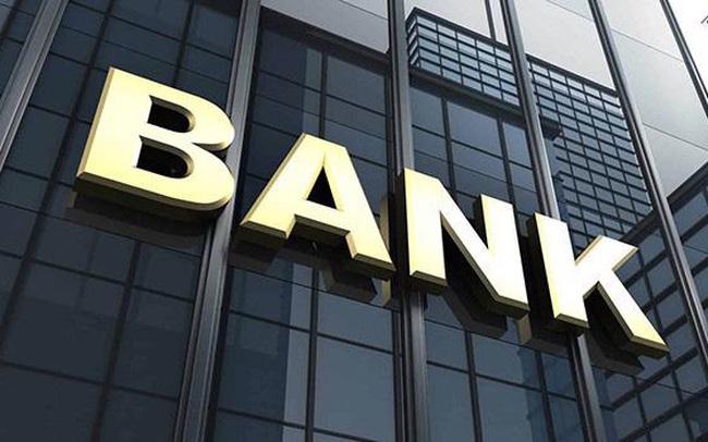 """Cổ phiếu ngân hàng """"rực lửa"""" tuần qua, chỉ 2 mã ngược dòng tăng giá"""