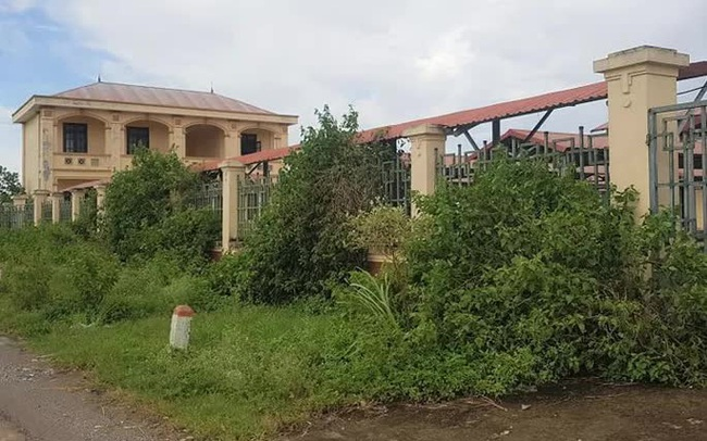 Chi hơn 10 tỉ đồng xây chợ đầu mối chào mừng xã nông thôn mới rồi... bỏ hoang