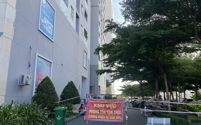 Phong tỏa lần 3 chung cư HQC Plaza Bình Chánh do có 4 ca mắc Covid-19