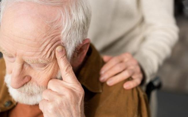 Một dấu hiệu nhỏ có thể cảnh báo đột quỵ trước hẳn 10 năm, ai có cần đề phòng từ sớm