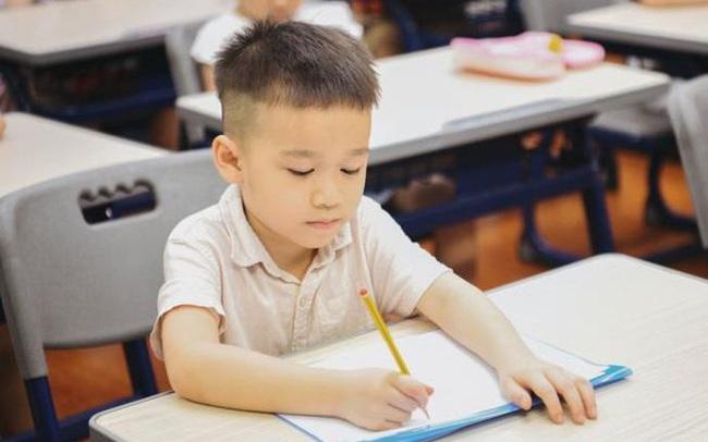 Hà Nội tuyển sinh đầu cấp năm học 2021: Chỉ diễn ra trong 8 ngày, phụ huynh lưu ý hoàn thành sớm cho con