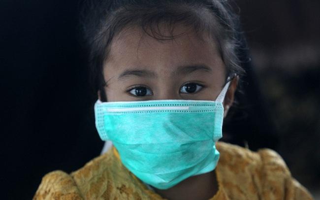 Indonesia: Số ca Covid-19 ở trẻ em không ngừng tăng, bác sĩ đau xót thừa nhận thất bại