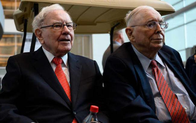 Đôi bạn thân tỷ phú Warenn Buffett và Charlie Munger: Hơn cả tiền bạc, đây mới là thứ chúng tôi tìm kiếm suốt nhiều thập kỷ qua
