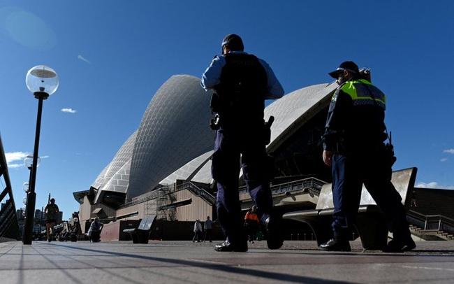 Sydney gia hạn cách ly thêm 2 tuần
