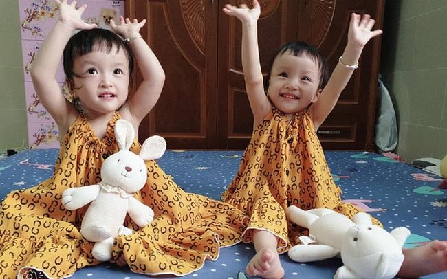 Trúc Nhi - Diệu Nhi sau 1 năm phẫu thuật tách rời: 2 thiên thần đáng yêu, đã tự sinh hoạt như bao em nhỏ khác
