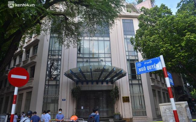 Hà Nội: Phong tỏa tạm thời trụ sở Bộ Công Thương sau khi ca mắc Covid-19 từng đến chuyển công văn