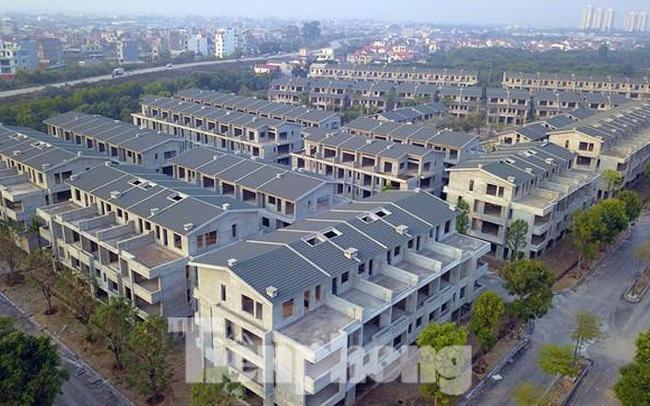 Hé lộ nhà đầu tư nhảy vào hợp thức hơn 200 biệt thự Vạn Tuế-Sago Palm 'xây chui, bán sai'