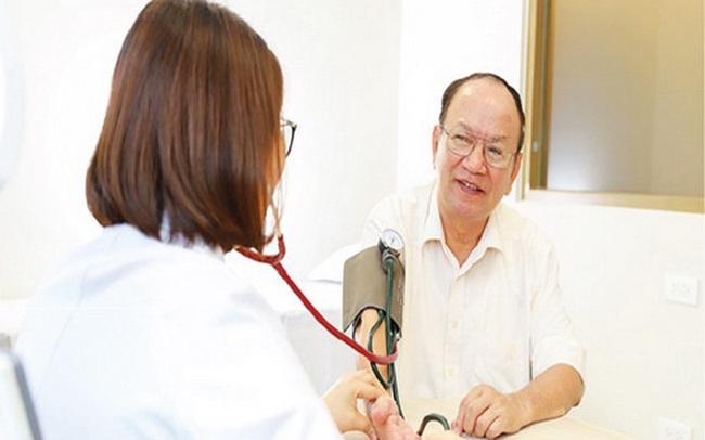 Khuyến cáo của chuyên gia tim mạch đầu ngành trong mùa dịch