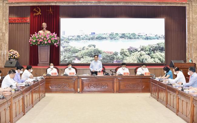 Thủ tướng Phạm Minh Chính: 'Hà Nội phải ưu tiên số 1 cho phòng chống dịch'