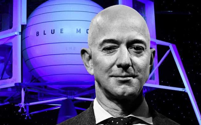 Người giàu nhất thế giới Jeff Bezos bay lên vũ trụ - Hàng loạt kỷ lục cũ bị phá: Giàu nhất - Già nhất - Trẻ nhất