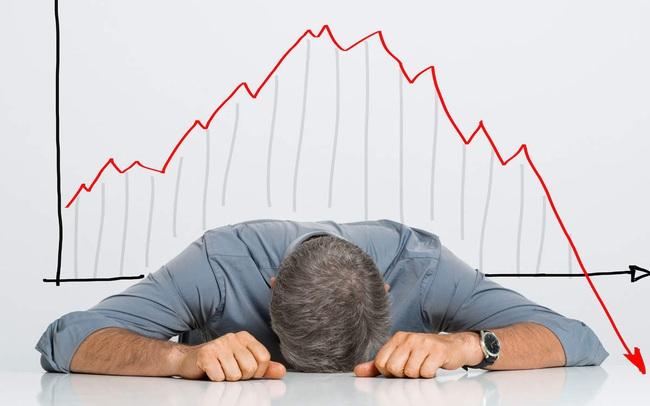 Hàng loạt cổ phiếu đã giảm sốc, nên bắt đáy?
