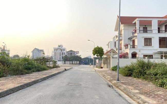 """Quyết định ở trọ, dành tiền mua đất thay vì """"an cư"""" sớm trong căn hộ chung cư, nhiều cặp vợ chồng """"đổi đời"""""""