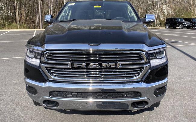 Ram 1500 2021 chính hãng đầu tiên về đại lý tại Việt Nam: Giá dự kiến khoảng 5 tỷ đồng, cạnh tranh Ford F-150