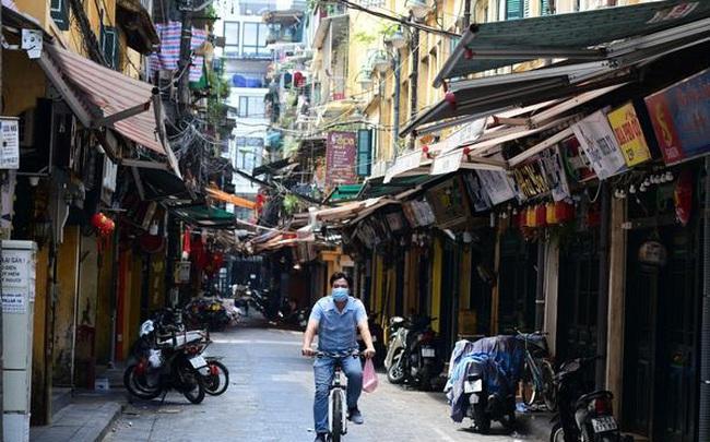 ADB thay đổi dự báo tăng trưởng cho Việt Nam và Singapore, khoảng cách GDP lại được rút ngắn