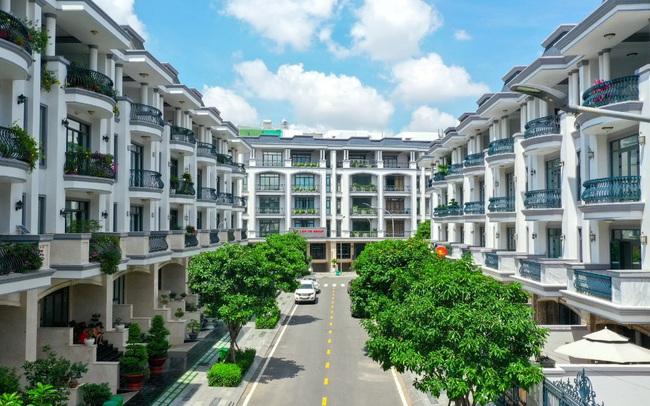 Bên trong khu 500 căn nhà phố có giá lên tới 300 triệu đồng mỗi m2, không gian sống sang chảnh giữa TP Thủ Đức