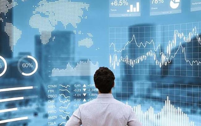 """Nhà đầu tư cần """"lắng nghe"""" yếu tố vĩ mô khi quyết định mua cổ phiếu, ngành xuất khẩu sẽ là điểm sáng trong nửa cuối năm 2021"""