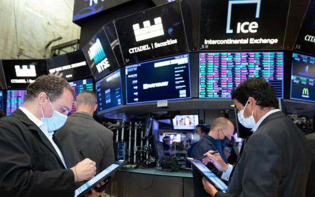 Khởi sắc 2 phiên liên tiếp, Dow Jones tăng hơn 200 điểm