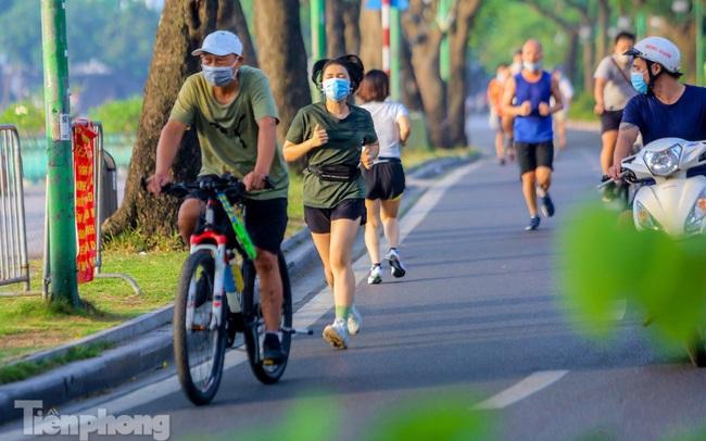 Hà Nội truy vết người tập thể dục, đạp xe ở hồ Tây liên quan ca mắc COVID-19