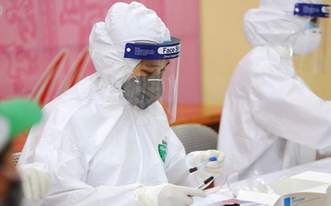 Chiều 23/7, Hà Nội thêm 10 ca dương tính với SARS-CoV-2, có 2 ca liên quan nhà thuốc Đức Tâm