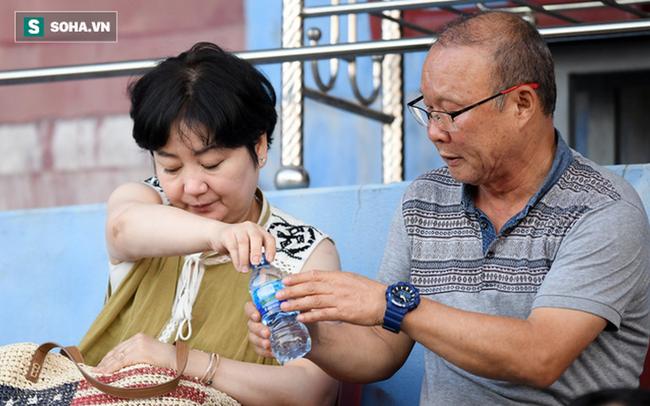 NÓNG: HLV Park Hang-seo cùng trợ lý trở lại Việt Nam, chuẩn bị cho chiến dịch quan trọng