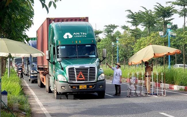 Không kiểm tra xe chở hàng thiết yếu, lương thực phục vụ vùng có dịch Covid-19