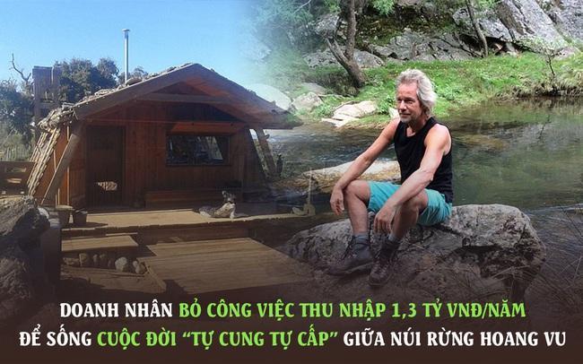"""Thu nhập đang 1,3 tỷ VNĐ/năm, doanh nhân 58 tuổi """"bỏ phố về quê"""" sống trong căn nhà không điện nước giữa núi rừng hoang vu, kiếm sống bằng nghề nuôi lợn"""