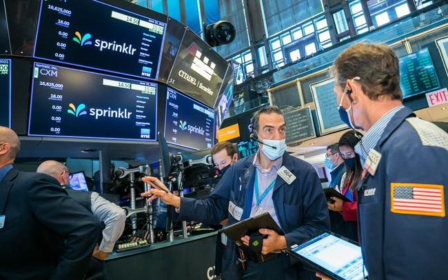 Phố Wall trái chiều, S&P 500 đi ngang trước quyết định mới của Fed
